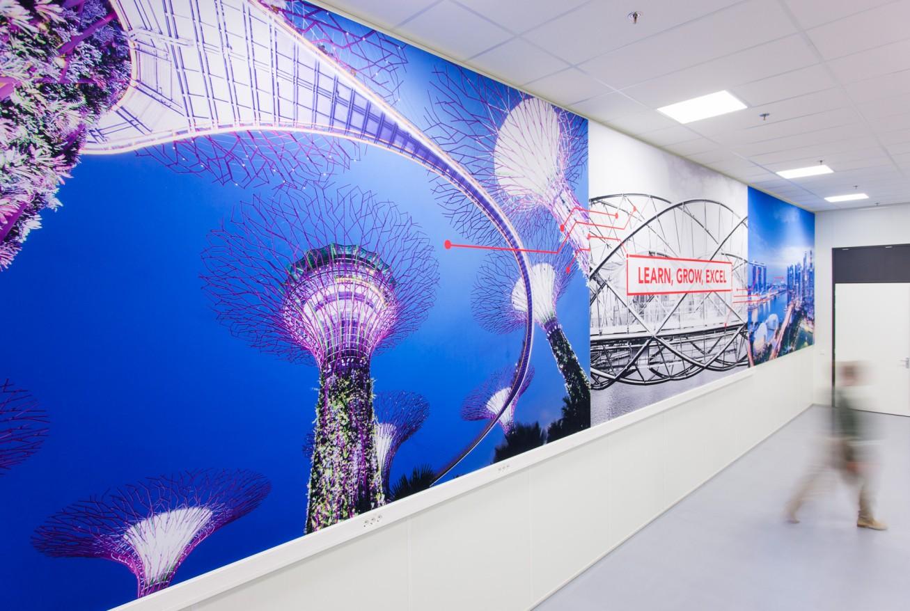 wandprint glasfolie VIZIO flexframe signing interieur